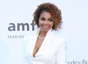 Janet Jackson Honoured As 'Ultimate Icon' At BET Music Awards