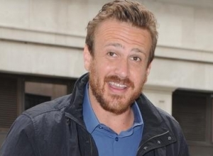 Jason Segel to Write and Direct Lego Movie 'The Billion Brick Race'