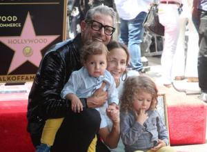 Jeff Goldblum Celebrates Walk Of Fame Honour With His Family