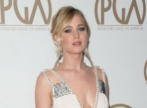 Jennifer Lawrence Uses Lena Dunham's Blog To Address Hollywood's Gender Pay Gap