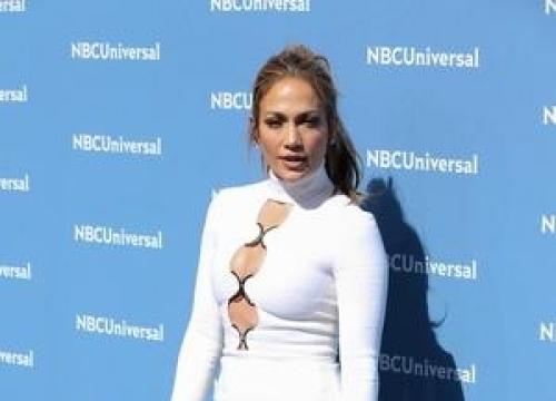 Jennifer Lopez Can't Escape 'Mommy Guilt'