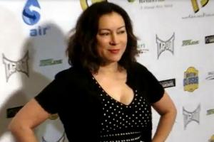 Jennifer Tilly Poses Outside The 7th Annual All-In For Cerebral Palsy Celebrity Poker Tournament