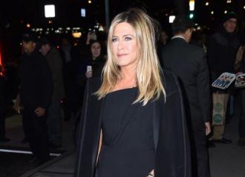 Jennifer Aniston 'Too Refined For Fart Jokes'