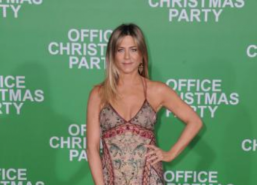 Jennifer Aniston Reconnects With Gerard Butler?