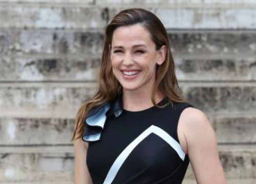Jennifer Garner Doesn't Want To 'Lump All Men' Together