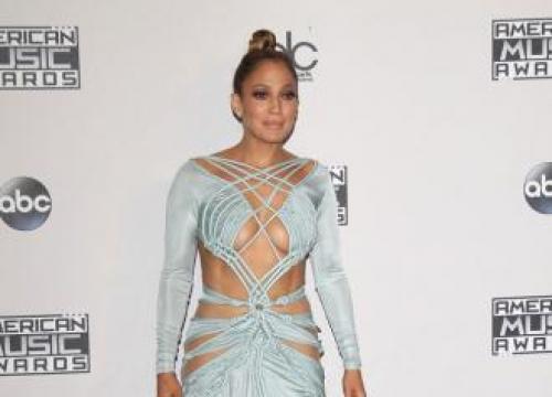 Jennifer Lopez's Romantic La Date
