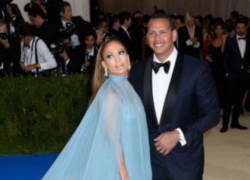 Jennifer Lopez And Alex Rodriguez 'Talking' About Marriage