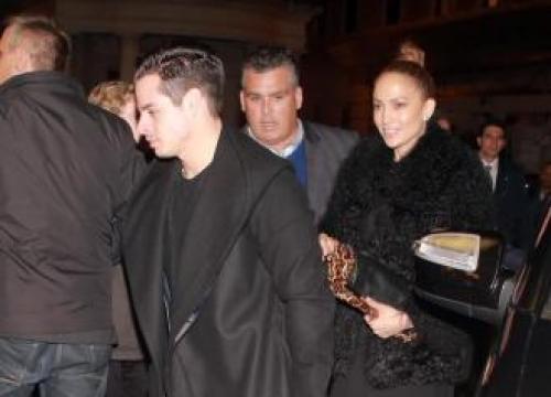 Jennifer Lopez: I'm kind of single
