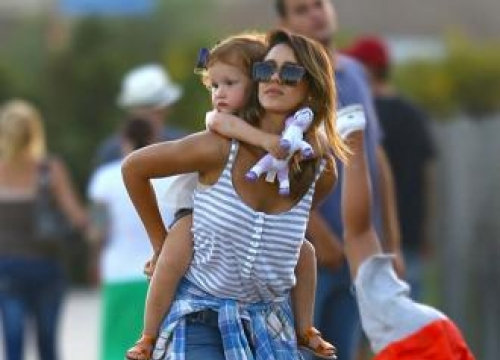 Jessica Alba can't imagine having more kids