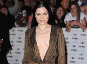 Tom Jones, Jessie J to duet at Grammys