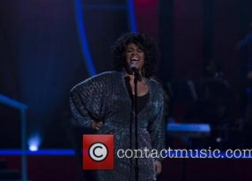 Jill Scott Debuts Woman At The Top Of U.s. Charts
