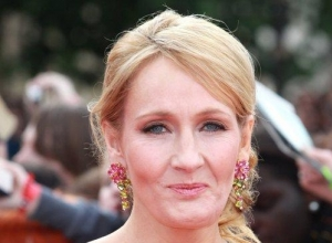 JK Rowling, Queen Of Twitter, Takes On Westboro Baptist Church