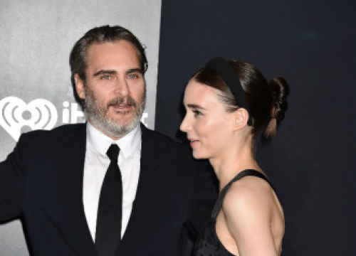Joaquin Phoenix And Rooney Mara To Star In Polaris