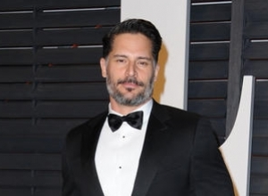 Joe Manganiello Drops Out Of 'Scream Queens', Replaced By Oliver Hudson