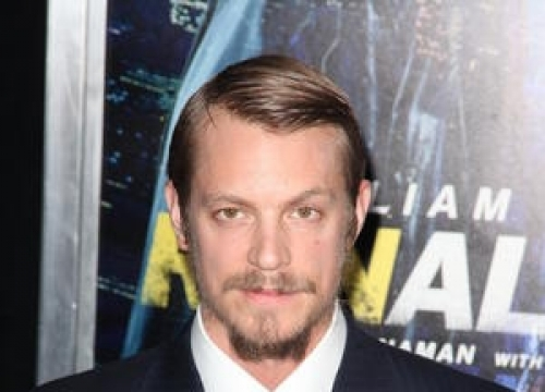Joel Kinnaman Calls For Swedish Fur Ban