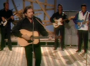 Johnny Cash - I Walk the Line [Live] Video