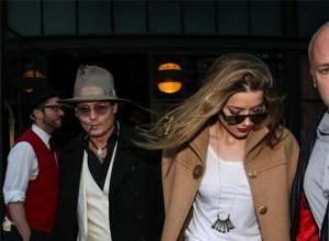 Johnny Depp renames Vanessa yacht as Amber's wedding gift