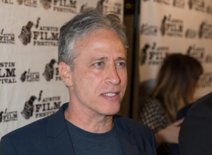 Jon Stewart Addresses Claims He 'Colluded' With President Obama In 'Secret' White House Meetings