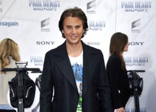 Kris Jenner Furious At Jonathan Cheban For UK Dating Show