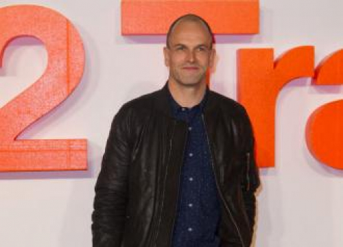Jonny Lee Miller Had To 'Dodge' Fans In Scotland