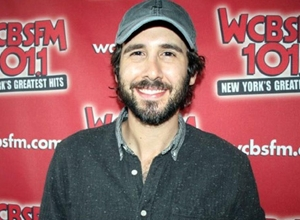 Josh Groban - Josh Groban on Working With Kelly Clarkson Video