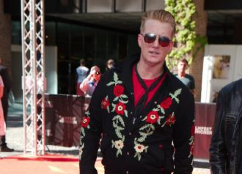 Queens Of The Stone Age's Ellen Performance Cancelled