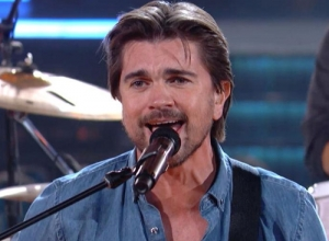 Juanes - Juntos (Live GRAMMYs 2015) Video