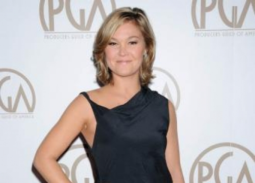 Julia Stiles rejoins Bourne Identity series