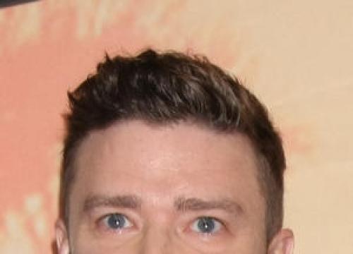 Justin Timberlake Serenades Gay Friends At Wedding