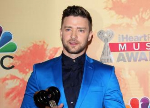Justin Timberlake's relaxing Father's Day