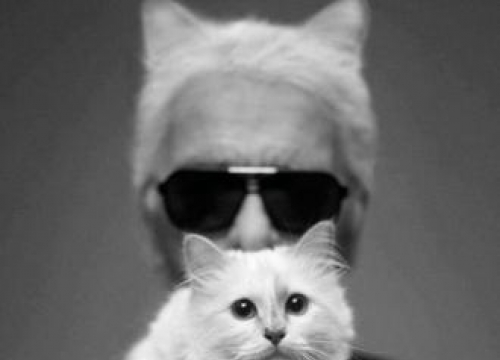 Karl Lagerfeld Doesn't Use The Internet