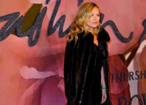 Kate Moss Is Like 'Family' To Liv Tyler
