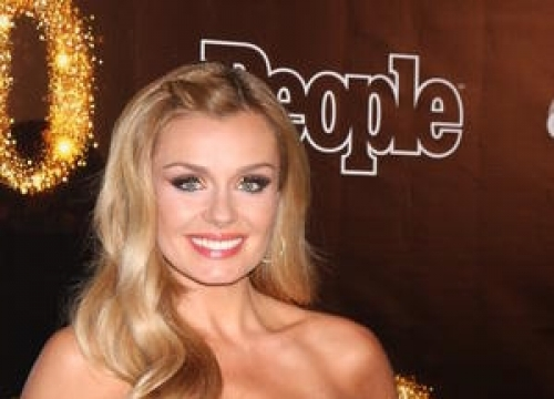 Katherine Jenkins And Status Quo Lead Ve Day Concert