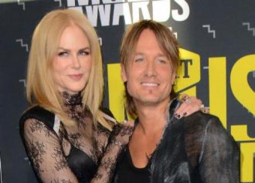 Nicole Kidman Dances To Keith Urban Songs