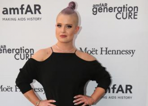 Kelly Osbourne Can't Fall In Love