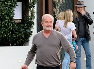 Kelsey Grammer Makes Up With Piers Morgan After Tv Spat