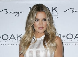 "Khloe Kardashian Describes Jamie Foxx's Comments On Bruce Jenner's Alleged Transition As ""A Low Blow"""