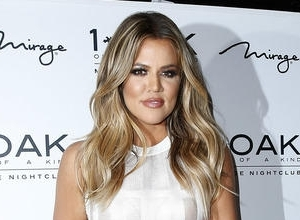 Khloe Kardashian Gives Bruce Jenner Gifts For His Female Identity