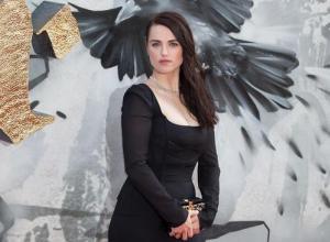 Katie Mcgrath Wants Jason Momoa In 'Supergirl'