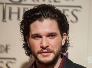 "Kit Harington In Hot Water With Northern Irish Tourist Officials Over ""Depressing"" Belfast Comments"