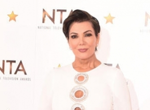 Kris Jenner Comforted By Kim Kardashian About Bruce Jenner's Transition In KUWTK Special Clip
