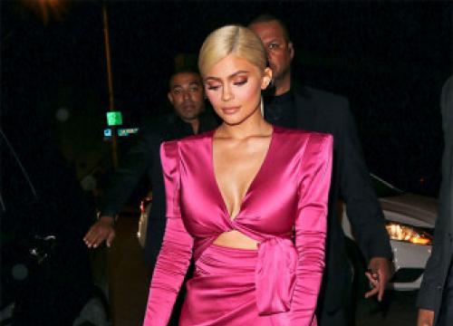 Kylie Jenner Reveals The Secret Behind Her 'Sparkling Smile'
