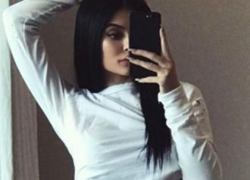 Kylie Jenner Hits Back At Photoshop Trolls