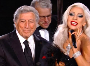 Lady Gaga - Cheek To Cheek (Live GRAMMYs 2015) Video