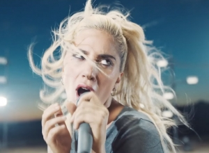 Lady Gaga - Perfect Illusion Video