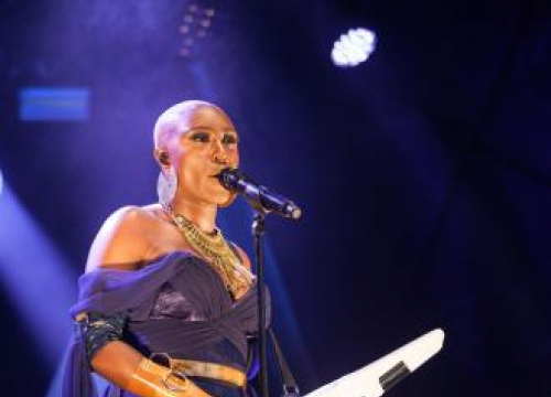 Laura Mvula Dropped By Sony Via Email