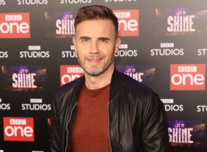Gary Barlow Comes Face To Face With Robbie Williams Lookalike On 'Let It Shine'