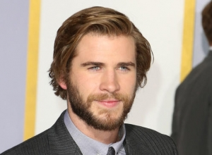 Liam Hemsworth Joins 'The Muppets' As Miss Piggy's New Man!