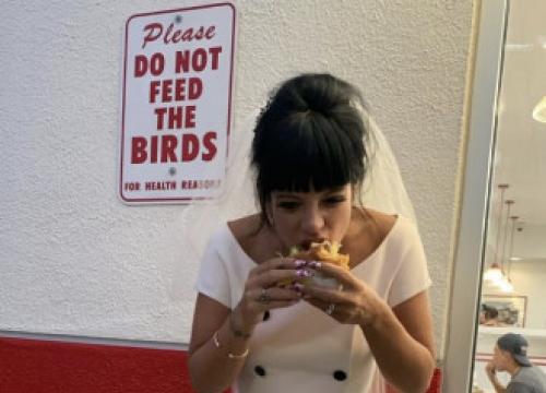 Lily Allen's Last Minute Wedding Dress