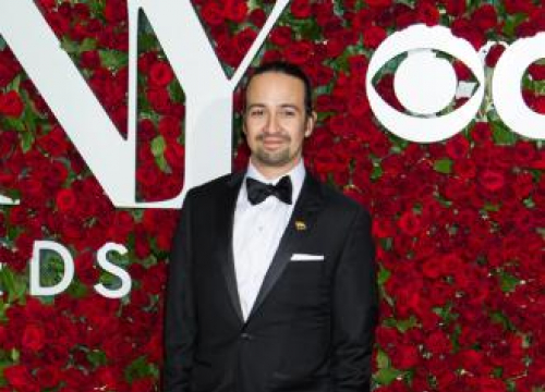 Lin-manuel Miranda Set For Directorial Debut